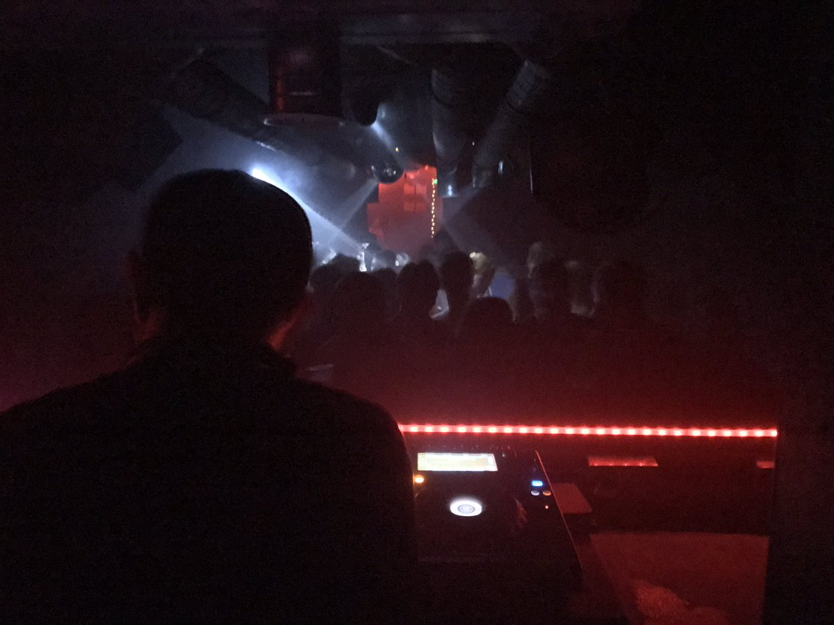 Sneak @MonoBTN was wicked fun! Thanks @SneakWSN crew for having me, all the school night ravers out in force! #HouseMusic #Techno #Brighton <br>http://pic.twitter.com/htXJOmbRgj