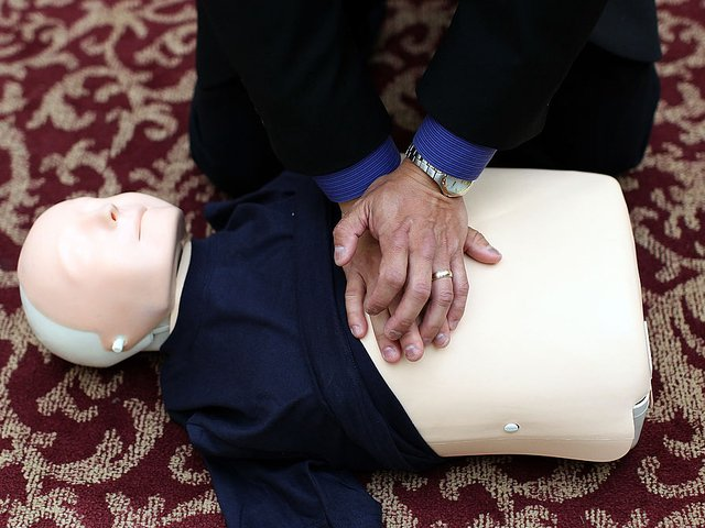 Only one of CPR's steps is truly life-saving, doctor says via @PaolaSNews https://t.co/63q6fEThGe