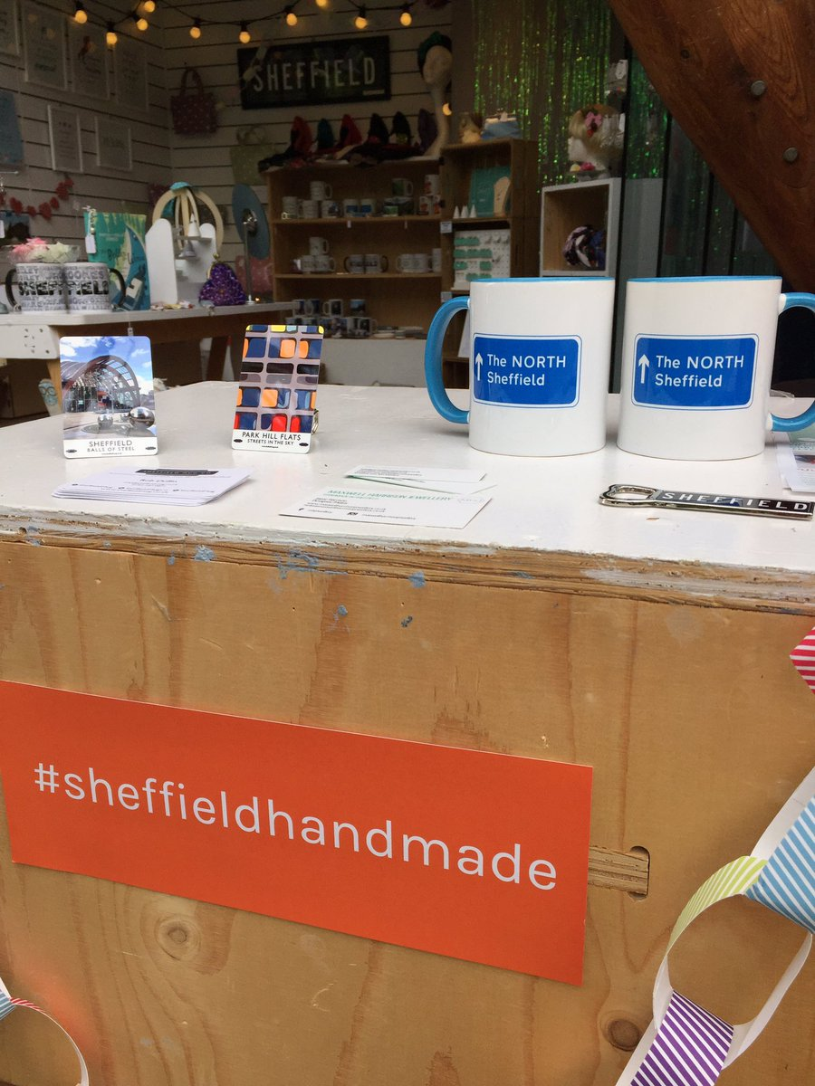 I&#39;m back at our #sheffieldhandmade pop up shop here in the Winter Garden til 5pm - lots of great gifts &amp; treats here #sheffieldissuper <br>http://pic.twitter.com/5zjaEOwems