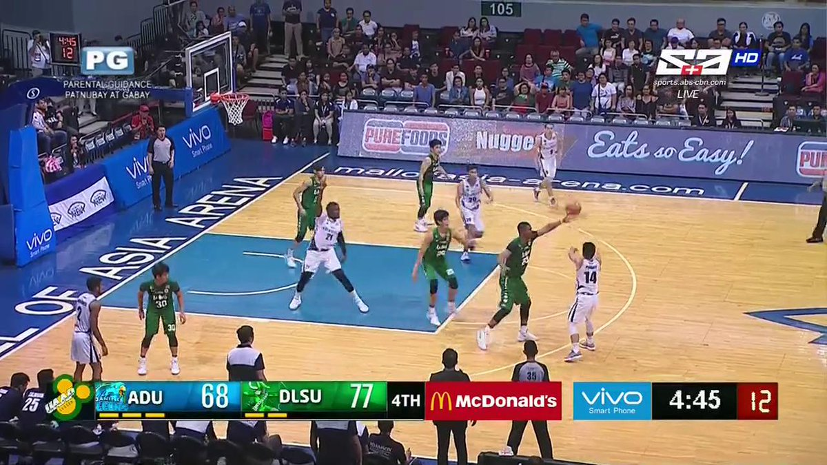 Ben Mbala out there looking like a point guard #UAAPSeason80 https://t...
