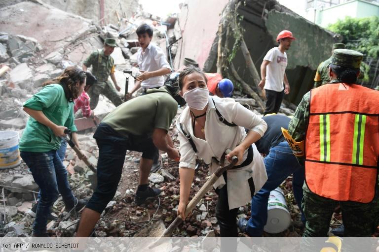 Séisme au Mexique: plus de 200 morts, des élèves ensevelis sous leur école https://t.co/64Kzfei1YX