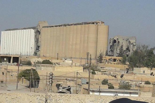 #SDF seizes #Raqqa silos after fierce clashes with #ISIS fighters in northern Raqqa. #Daesh #Syria. Photo: Facebook<br>http://pic.twitter.com/d1sYQYitqp