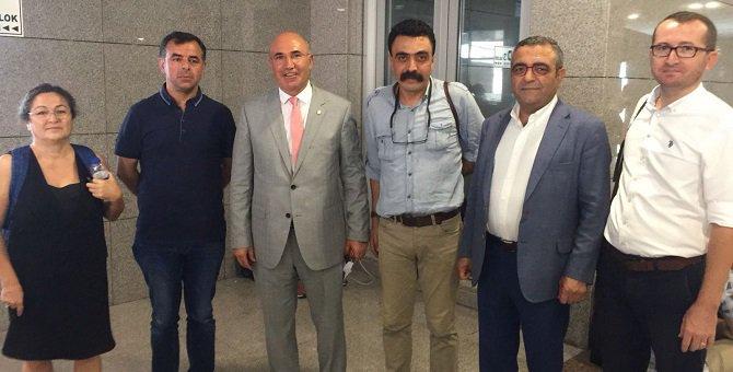 CHP, Nuriye Gülmen ve Semih Özakça'nın avukatları için adliyede https:...