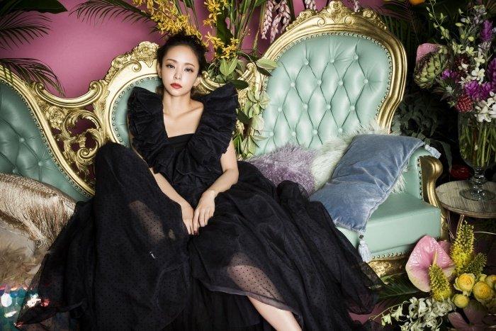 安室奈美恵が2018年9月16日をもって引退することを20日、公式サイトにて発表した。9月16日は安室のデビュー日であり、きょう(9月20日)は、安室の40歳の誕生日。   安室奈美恵、引退を発表<コメント全文> https://t.co/45jhMrZc5y