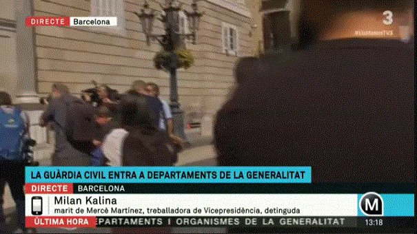 #CoupdEtatCatalonia: #Spain&#39;s military #police arresting #Catalonia&#39;s high officials at HOME, also before their children, report eyewitness<br>http://pic.twitter.com/a9psscMk1f