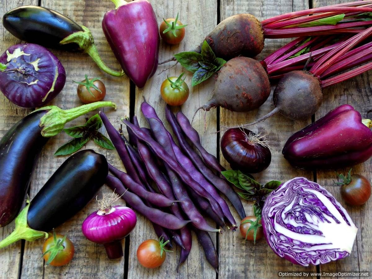 Anthocyanins in purple fruits &amp; #vegetables linked w/reduced #inflammation &amp; oxidative stress.<br>http://pic.twitter.com/kBrBao2pX7
