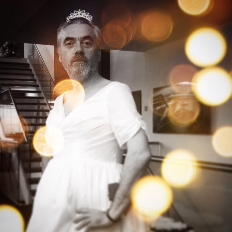 Stop! My day has been made by &#39;THE PUNK BRIDE&#39; @PMcLoone #hero #weddingdresswednesday #daretocare now opening tomahawk restaurant!Donate now<br>http://pic.twitter.com/njTLYS0tCQ