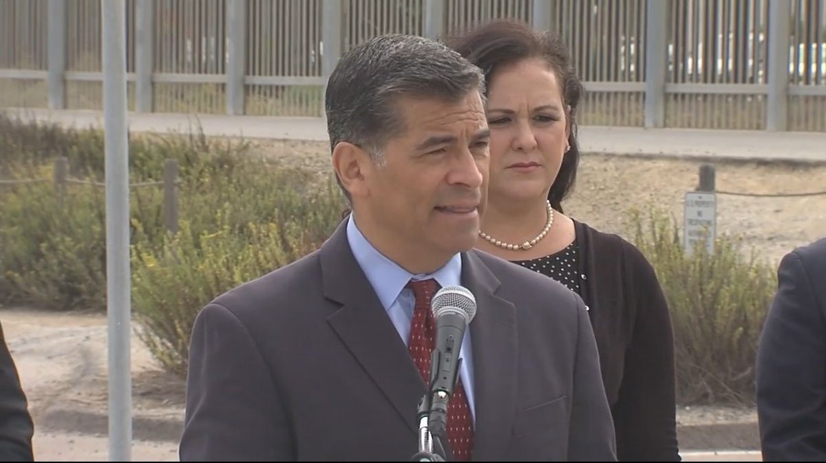 "#LIVE: ""There is an obligation to respect the law"" - Becerra says as border wall lawsuit is announced  http:// abc7.com/live/23340  &nbsp;  <br>http://pic.twitter.com/1pz5ioa9qL"