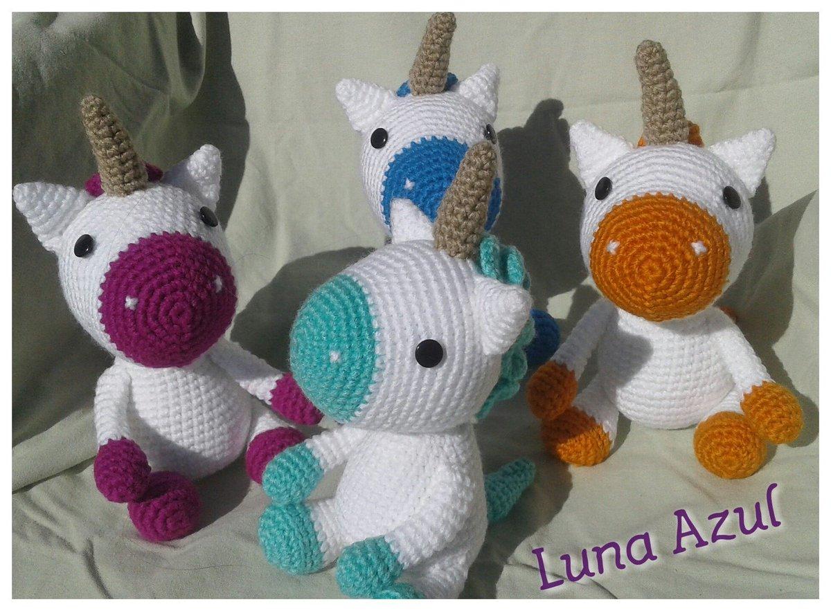 Unicornio azul amigurumi | Unicornio azul, Unicornio, Uñas azules | 883x1200