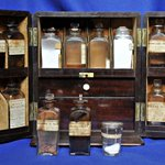 Medicine cabinet c.1870 - its contents includes spanish bark, turkey rhubarb, ipecacuanha and Dr James's Powders #histmed #histpharm