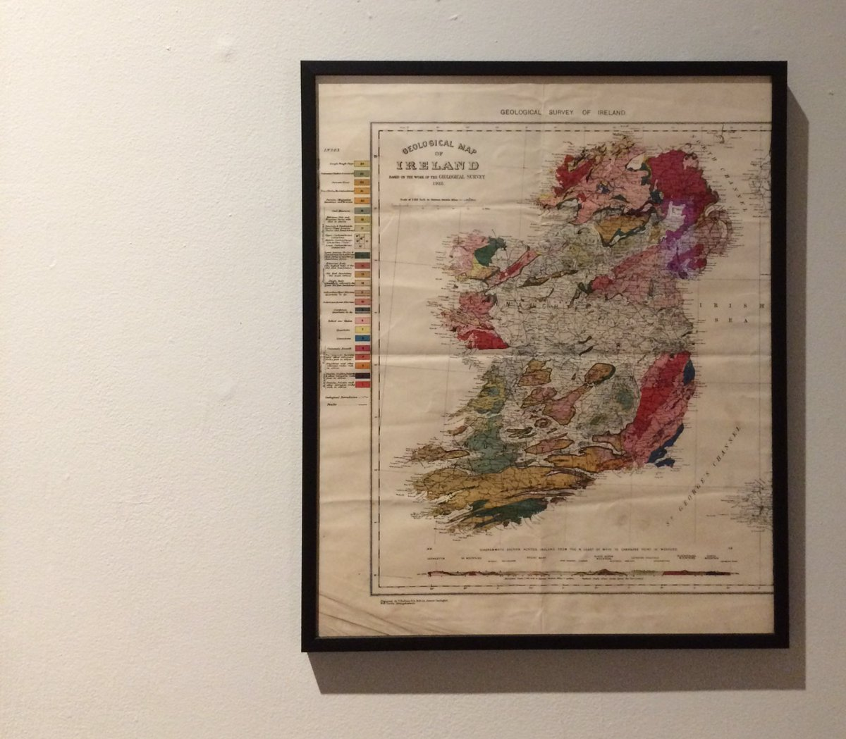 From contemporary mapmaking we begin our journey back in time with the beautiful Geological Survey of Ireland (1928). #LoveIrishResearch <br>http://pic.twitter.com/pWVRaDQltc