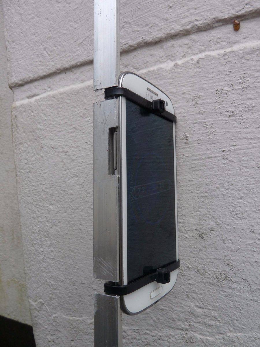 test Twitter Media - Maak van je smartphone je eigen tiltmeter.  Nodig: smartphone met gyroscoop, inclinometer app, T-profiel aluminium, 2 tie wraps en een vijl. https://t.co/k7VBIu5upy