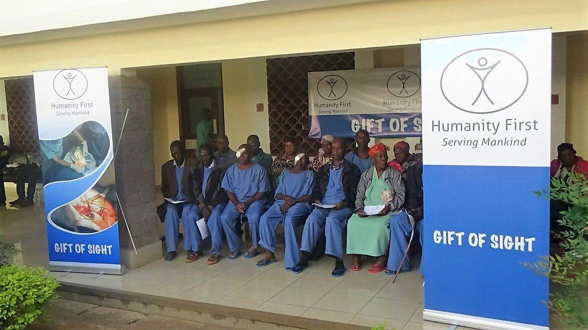 HF has started sponsoring free #cataract eye surgery in #Kenya  #GiftofSight<br>http://pic.twitter.com/If1mnisnOA