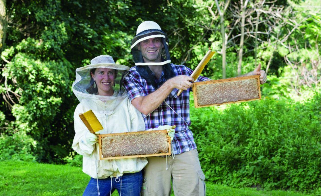 test Twitter Media - What's The Buzz? 5 Questions for Beekeeper Stephanie Bruneau '00 🐝https://t.co/iJQWXczeEz https://t.co/aUUxoHsndk
