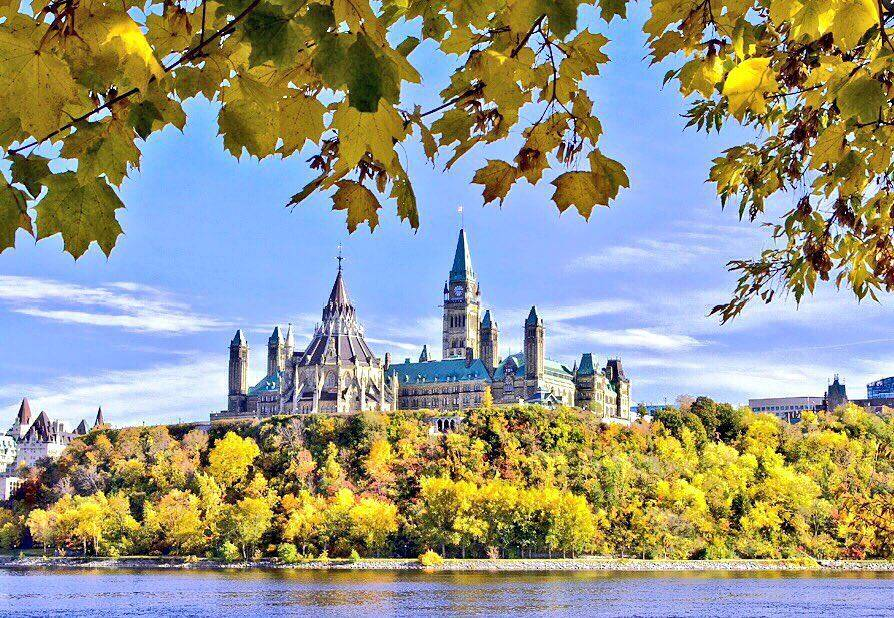 Wow! MT @Ottawa_Tourism: A1 We ❤ fall! With views like this, how could...
