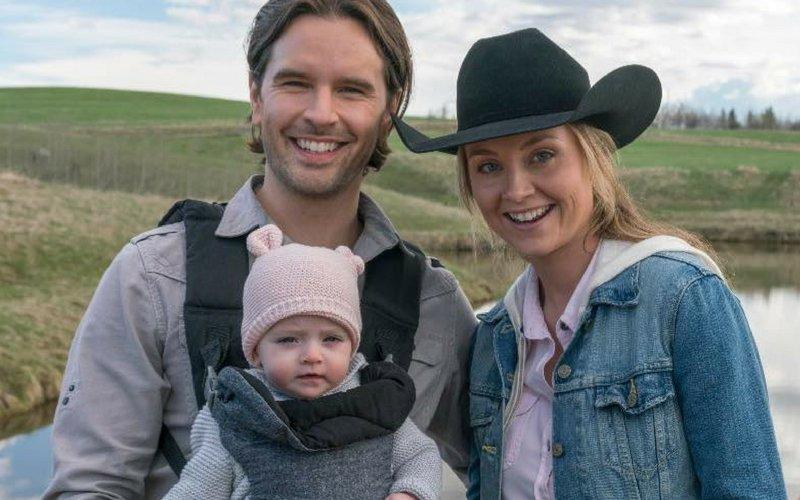 #iloveheartland fans! Showrunner Heather Conkie teases S11 ahead of Sunday's return! https://t.co/sfF02eEewT #Cdntv https://t.co/G7gLlXY8Xr