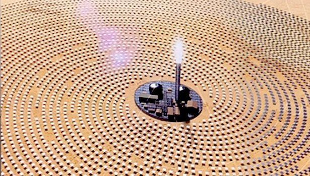 Oil-rich Dubai is launching the world&#39;s biggest concentrated #solar power plant. The era of dirty energy is coming to an end.   #Divest<br>http://pic.twitter.com/4TaBrIi3MF