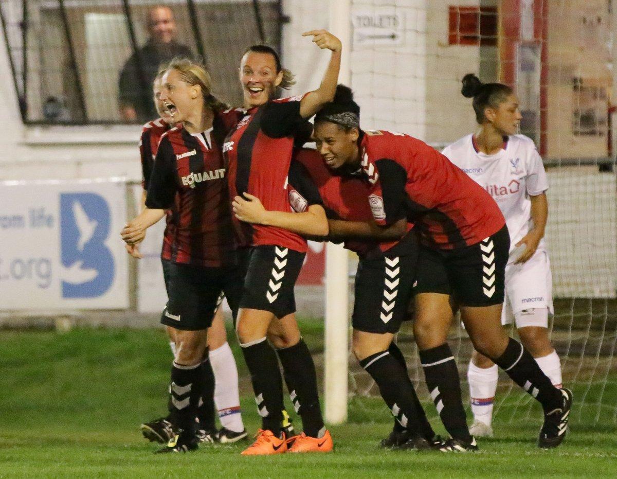 Lewes celebrate Danni Lane's winning goal against Crystal Palace, Sep 20 2017 (Photo: James Boyes)