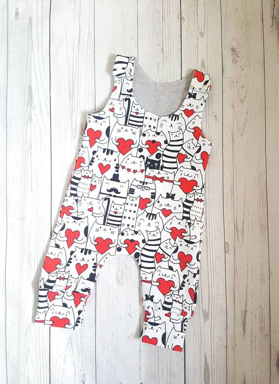 #organic baby romper for a mini #catlover  https://www. etsy.com/uk/listing/543 988264/organic-baby-romper-baby-all-in-one?ref=shop_home_active_5 &nbsp; …  #HandmadeHour #CraftHour #etsy #epiconetsy #newbaby #babyshower  #cats<br>http://pic.twitter.com/WHPN8BGW3A
