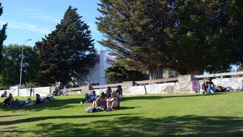 #Comodoro #Primavera Mañana reabre el parque del Chalet Huergo https:/...