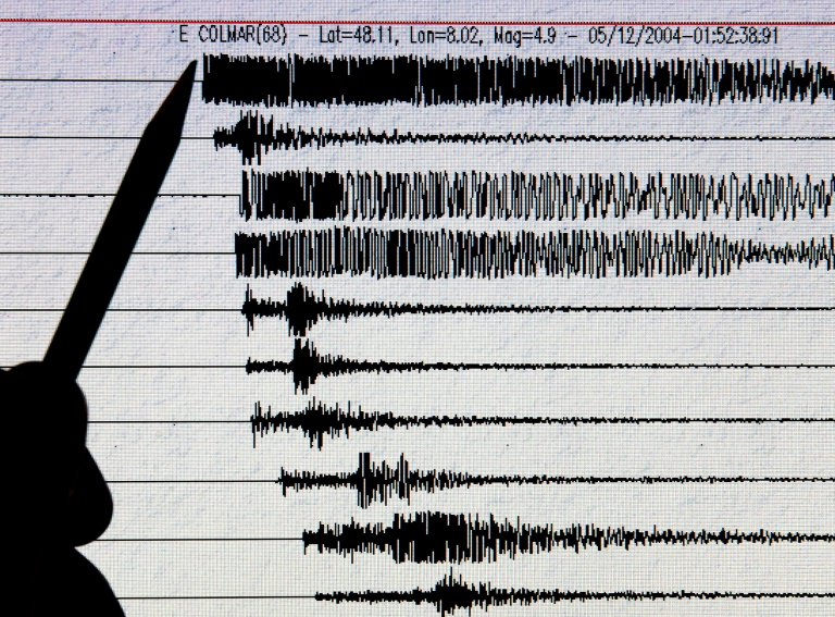 Forte tremor de 6.1 atinge o litoral leste do Japão  https://t.co/7zY8C7Yj4s