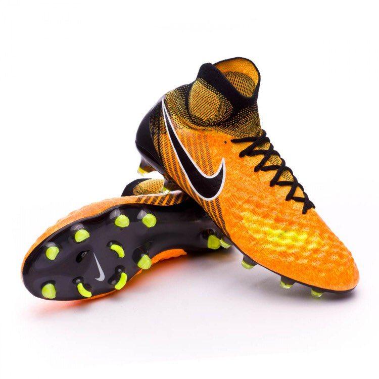 57bb255dad Botas de futbol on Twitter
