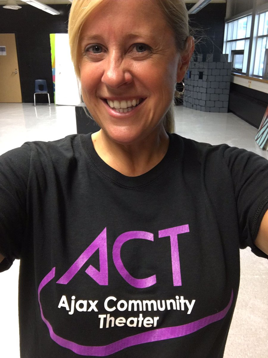 Meet Sherri she&#39;s our Volunteer Coordinator and she&#39;s looking for #volunteer @townofajax @RegionofDurham #Actwithpassion #Ajax #Durhumregion<br>http://pic.twitter.com/o6cwSYd2oJ