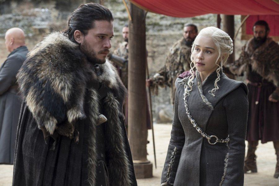 """HBO já tem 5 histórias prévias de """"Game of Thrones"""" em desenvolvimento https://t.co/mDFuA3vw63"""