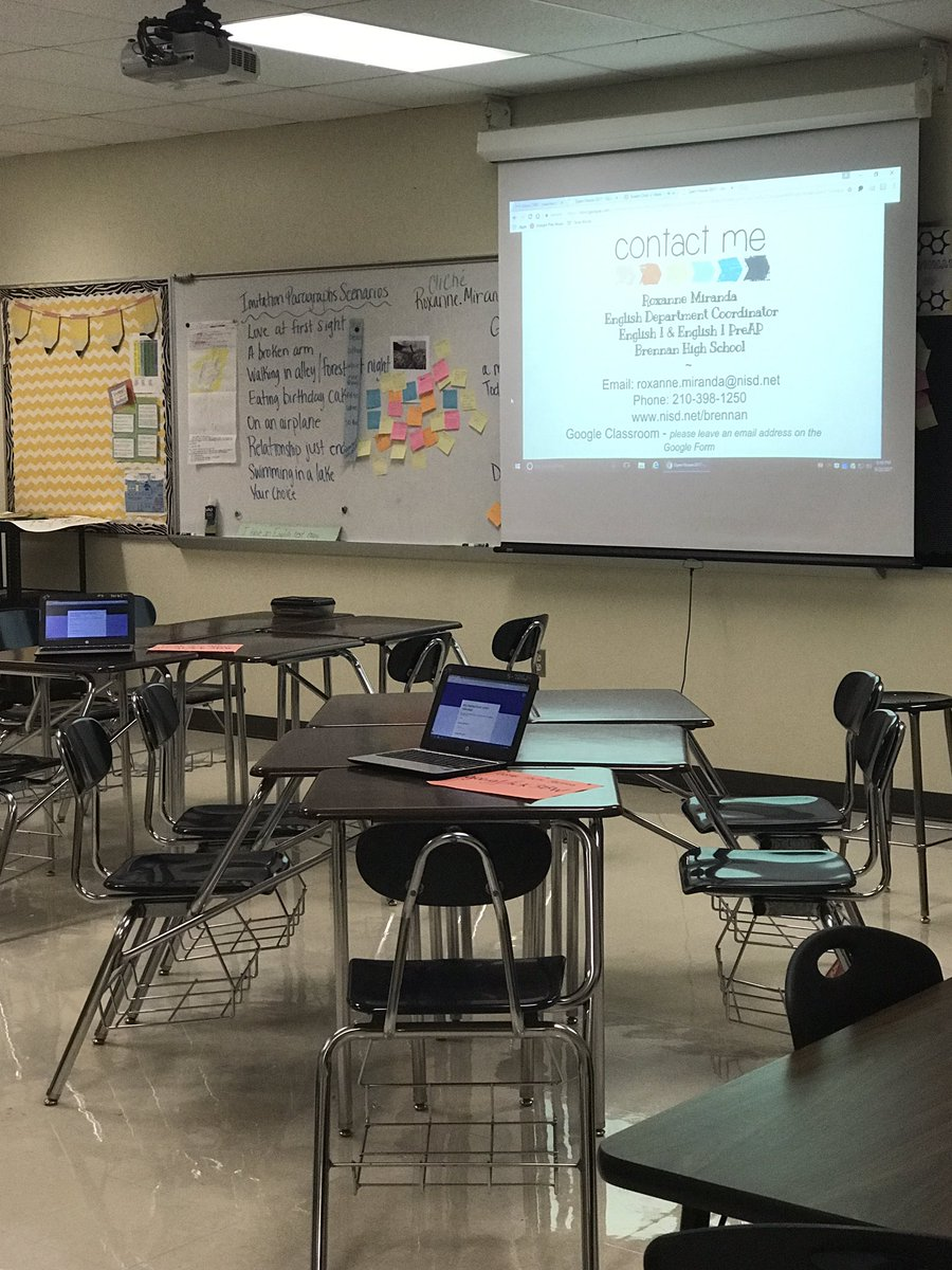 Open House night for @NISDBrennan Google #Slides on autoplay and #Forms kept things running smooth. Tech in the classroom FTW! <br>http://pic.twitter.com/i2b9NAC74i