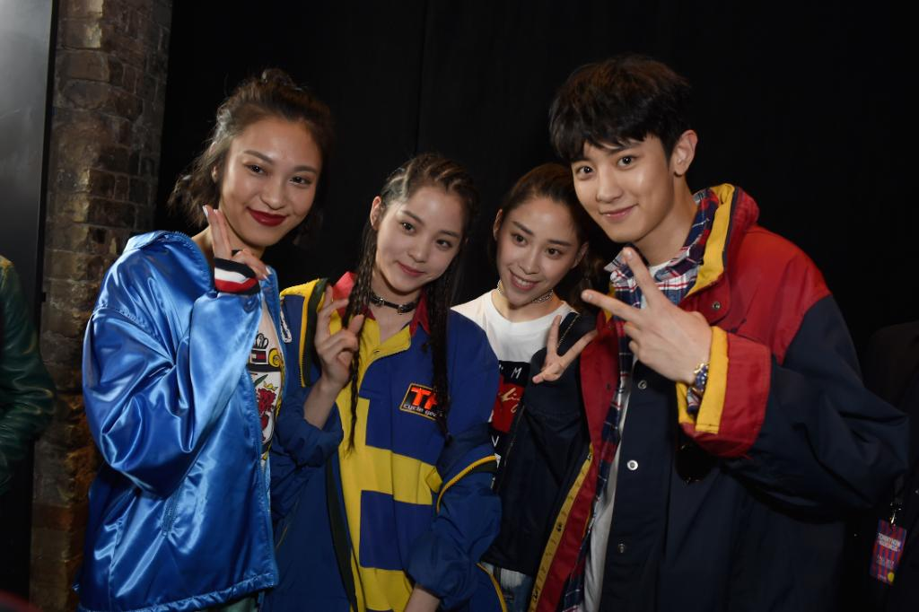 High-fi energy taking over the Roundhouse. Anny Fan, OuYang Nana, OuYang Nini and #CHANYEOL at #TOMMYNOW #LFW tommy.com/now ✌️
