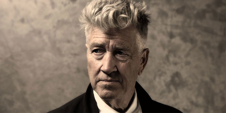 David Lynch on David Bowie and the music that Inspired the new Twin Peaks #film #TV #television #director #actor  https:// pitchfork.com/thepitch/david -lynch-interview-on-bowie-and-music-that-inspired-the-new-twin-peaks/ &nbsp; … <br>http://pic.twitter.com/fjMXV75JiS