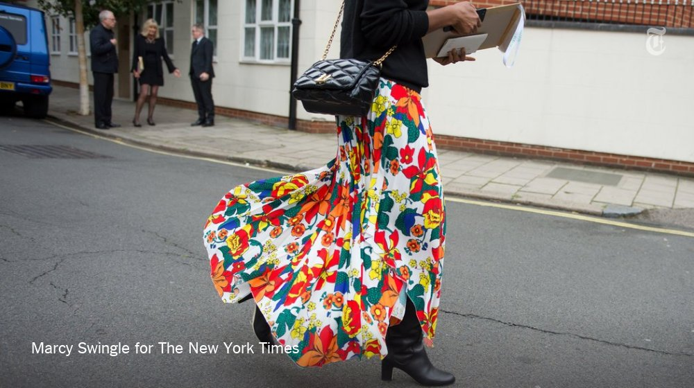 Hope you're not sick of street style yet because there's a lot more where this came from https://t.co/oQs3n7waYr