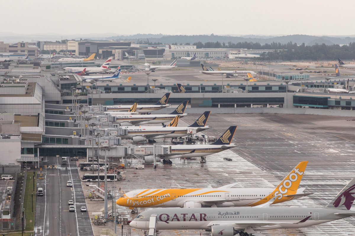#NEWS: We registered 5.27M pax movements (⬆️7%) and 31,750 aircraft movements (⬆️4.9%) in Aug 2017. Read more: https://t.co/tzrthArR1H