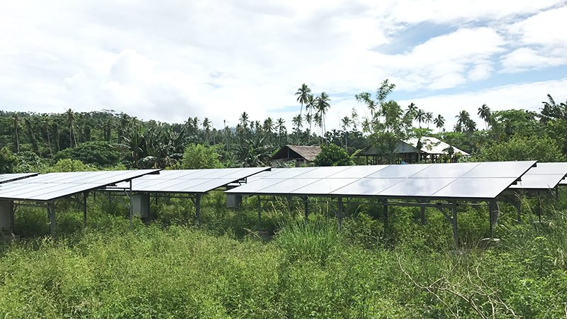 #Solar and #wind #RenewableEnergy likely to be Australia and Indonesia&#39;s cheapest option, say ANU/ITB #researchers  http:// australiaindonesiacentre.org/renewable-alte rnatives-cheapest-option-australia-indonesia/ &nbsp; … <br>http://pic.twitter.com/X9VETVWsXE