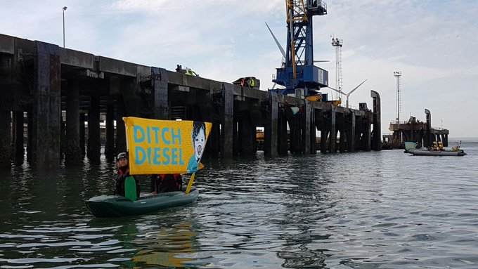 Greenpeace activists are taking action to stop VW from dumping their dirty diesel cars on us and contributing to the air pollution crisis.