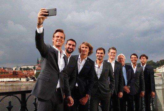 Selfie time, �� Team Europe #LaverCup https://t.co/Zhz2kjrG8j