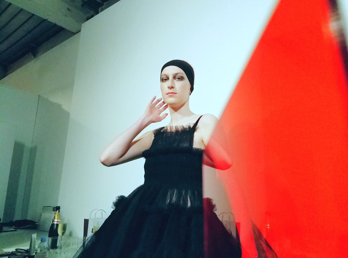 Watch Molly Goddard's party girls hit the runway at #LFW:  https://t.c...