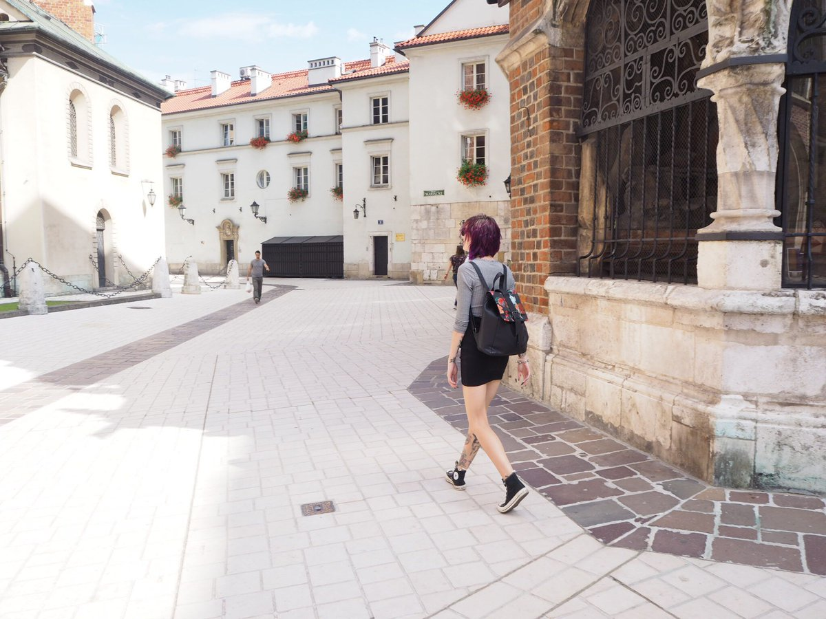 Exploring Krakow; Day 1 Typical Tourist ||  https:// buff.ly/2xemI02  &nbsp;   @FemaleBloggerRT @TheBloggersPost #bloggerstribe #blogginggals <br>http://pic.twitter.com/rNeMuwCCjr