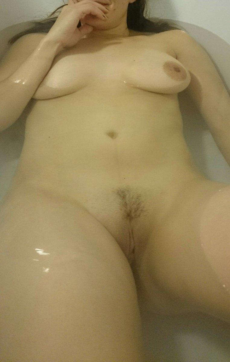 Nude Selfie 11217
