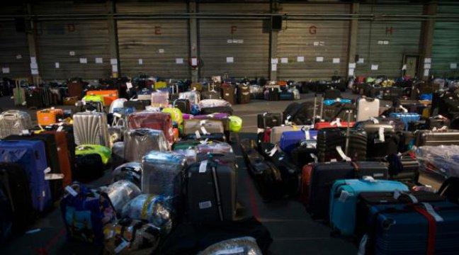 Yvelines: Un chauffeur de car s'enfuit avec les bagages des touristes chinois qu'il transportait https://t.co/dPWfwbepKy