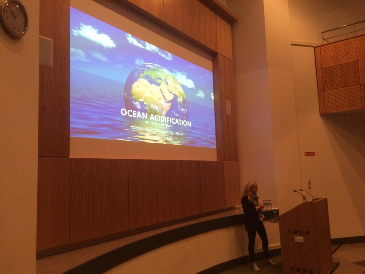 Excellent talk on #oceanacidification and whether we are reaching a tipping point by @triona_mcgrath @MarineInst #CO2 #OCSP17 @POGO_Ocean<br>http://pic.twitter.com/bj8fw9XFTx