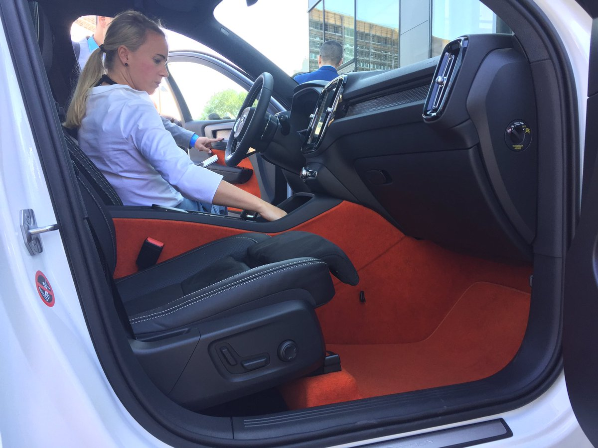 """James Taylor on Twitter: """"Check out the Lava Orange carpet option in Volvo XC40: spec choice for ..."""