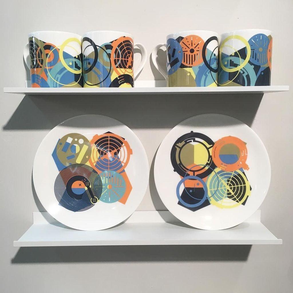 SKALA Fine English bone china released today at London Design Fair #imagesurgery #LDF17 #LDNdesignfair #graphic #c…  http:// ift.tt/2jNxR2b  &nbsp;  <br>http://pic.twitter.com/Jo6UvUjeox
