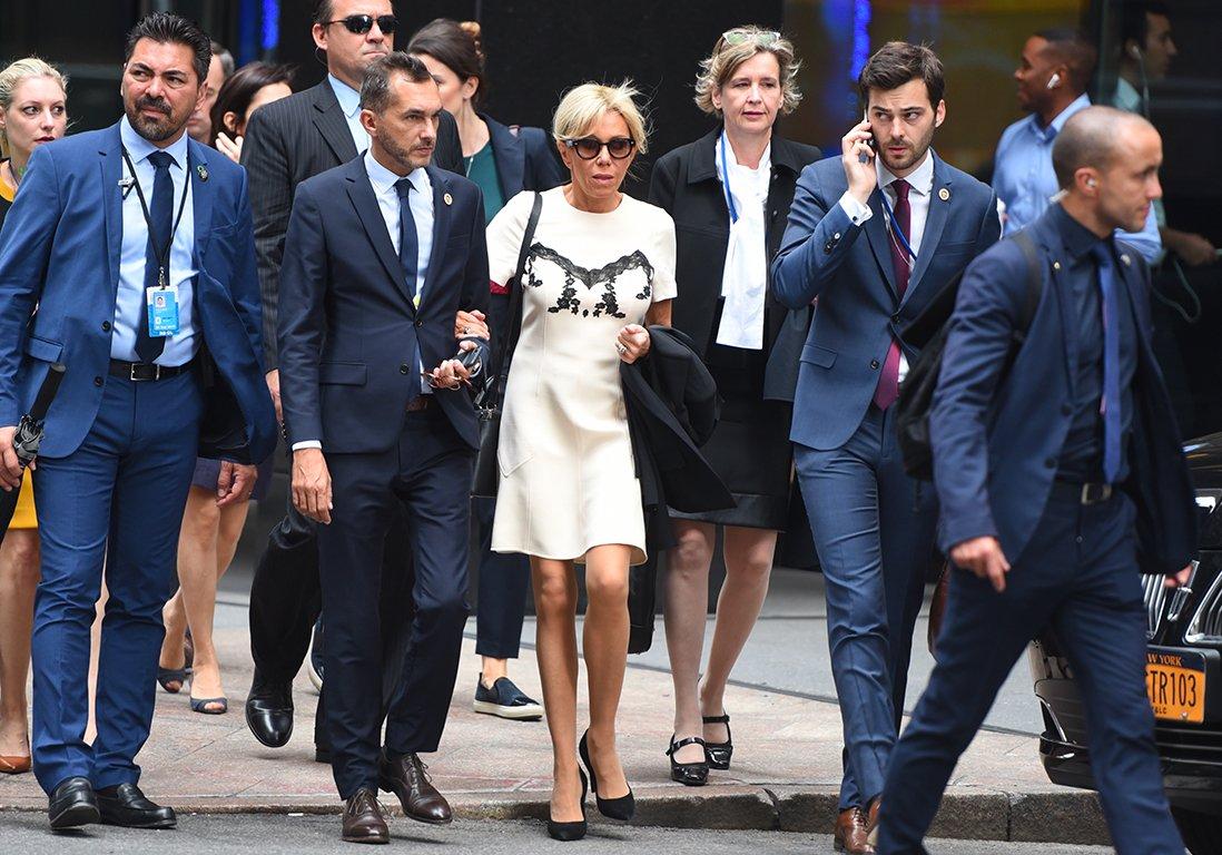 #People Brigitte Macron : une robe qui fait polémique à travers le monde https://t.co/UhgHF0h3oi