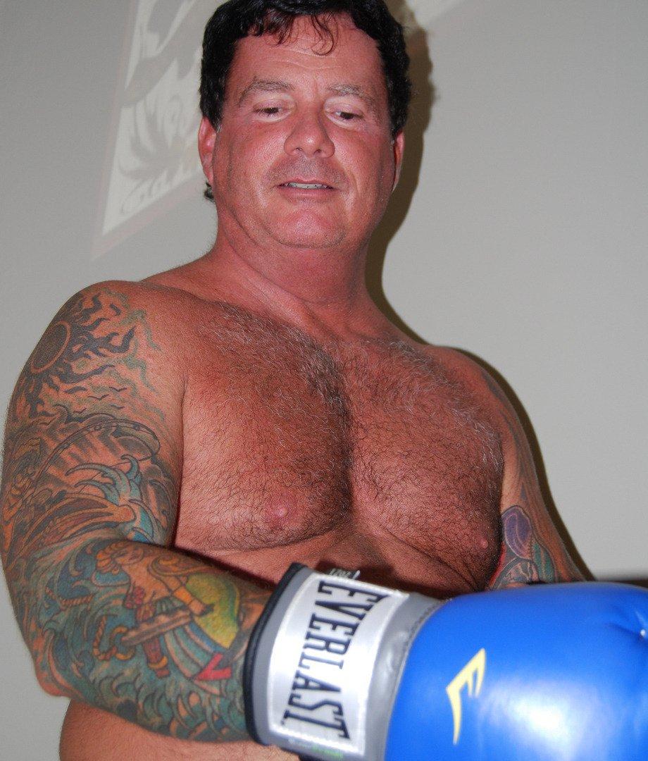 My SC fight buddy from  http:// GlobalFight.com  &nbsp;   #carolina #fighter #boxer #man #boxing #daddy #tattoos #tats #inked #cowboy #fighting #gloves<br>http://pic.twitter.com/yoFa60qQJV