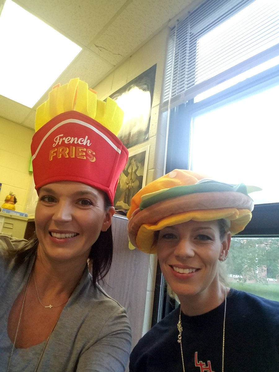 Happy hat day! Raising money for hurricane victims @LHSEAGLESVA #service <br>http://pic.twitter.com/eAR01QXDwF