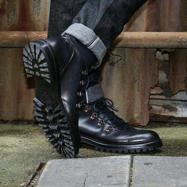 TOP 5 WINTER-READY BOOTS FOR MEN  http:// bit.ly/2w8zCJ2  &nbsp;   #menswear #mensstyle #Mensfashion<br>http://pic.twitter.com/cNcLlST8Tc