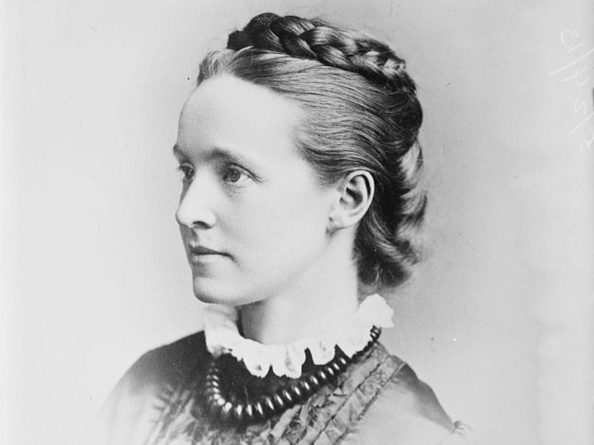 At last, a statue of a woman in Parliament Sq.Go Millicent Fawcett! Now campaign for #5050Parliament #GenderEquality  https://www. change.org/p/50-50-want-t o-build-an-inclusive-modern-and-gender-balanced-parliament-it-would-lead-to-more-responsive-and-informed-decision-making-so-everyone-would-benefit-50-50-are-asking-those-in-power-for-solutions-and-taking-action-join-us-5050parliament/u/21421801?recruiter=71065454&amp;utm_source=share_update&amp;utm_medium=twitter&amp;utm_campaign=share_twitter_responsive&amp;utm_content=nafta_twitter_large_image_card%3Alarge &nbsp; … <br>http://pic.twitter.com/TMW5DT1dsI