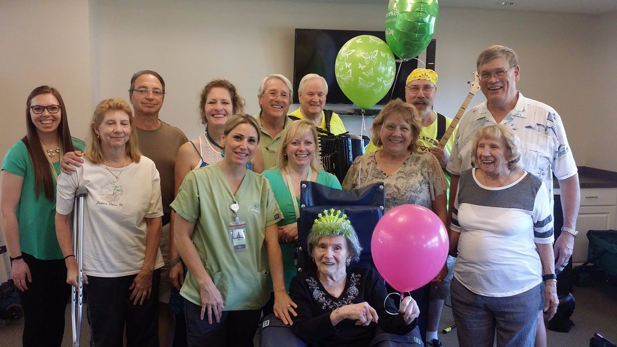 Crossroads hospice is looking for ultimate givers