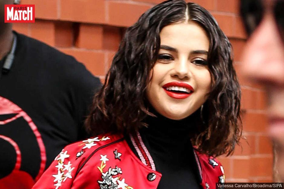 Selena Gomez : sa mère parle de sa greffe de rein https://t.co/GkMnyLilF0